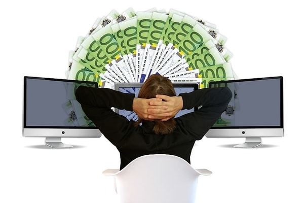 Rahaa netissä